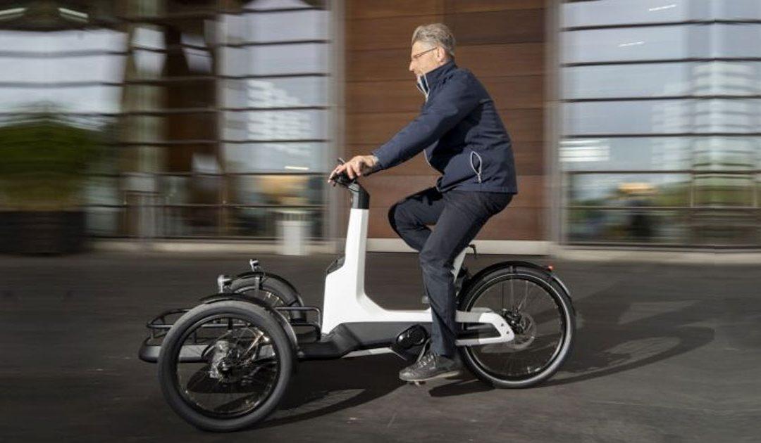 """Cargo e-bike, il """"furgone"""" urbano di Volkswagen"""
