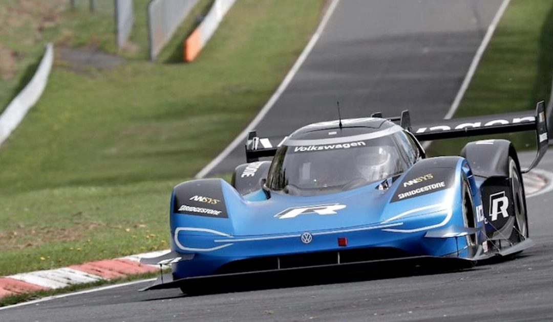 Nürburgring, record elettrico di Volkswagen