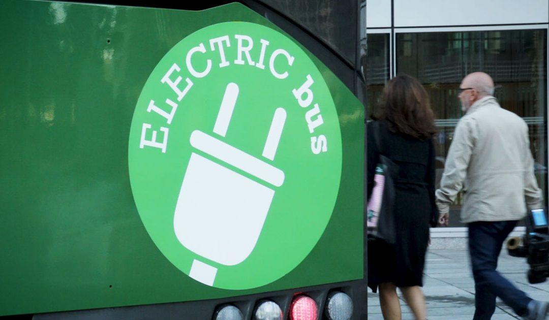 Rivoluzione green di Atm: in arrivo 250 autobus elettrici e 80 nuovi tram